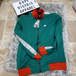 ❗NWT TRACK top